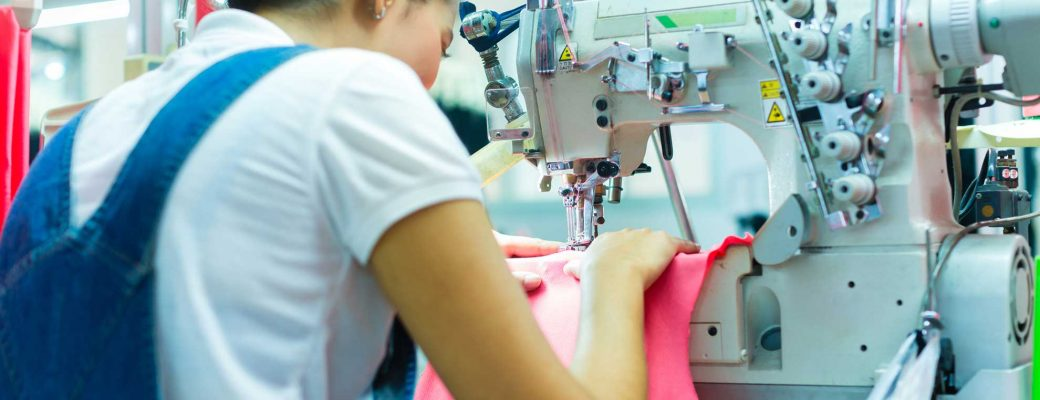 Which Industrial Sewing Machine Gives You The Greatest Productivity?